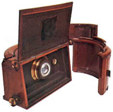 Sutton Panoramic camera made by Ross, 1861